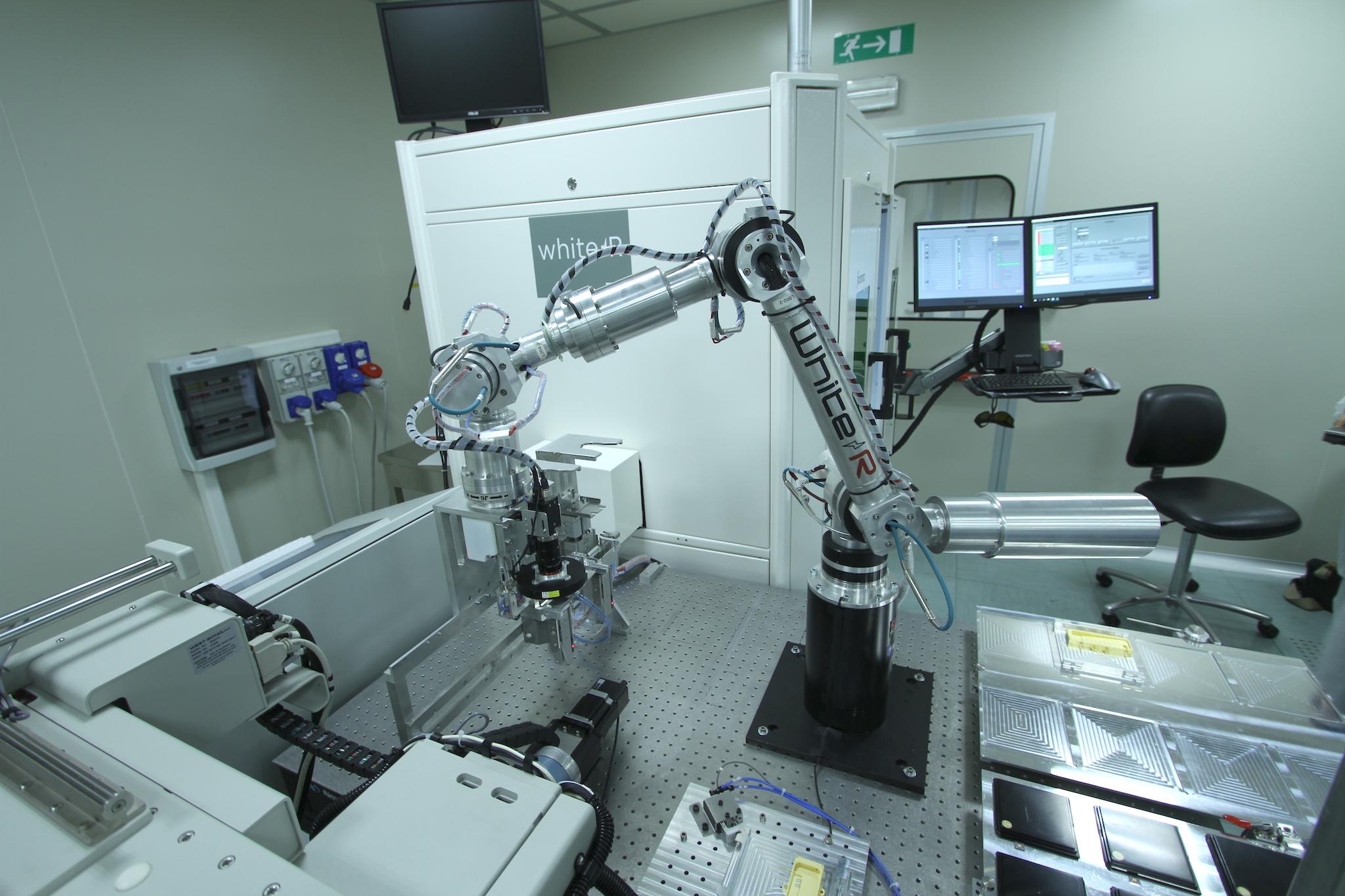Viel Fingerspitzengefühl – der präziseste Roboter der Welt stammt aus einem Tessiner Labor